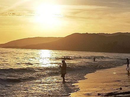 """정열의 바다, 캘리포니아 """"엘 캐피탄 비치"""""""