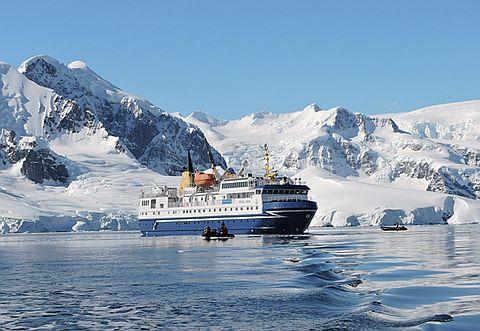 조기 예약으로 알뜰하게 남극 여행을 하는 방법